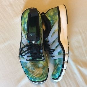 Adidas Women's Training Sneakers Size 7
